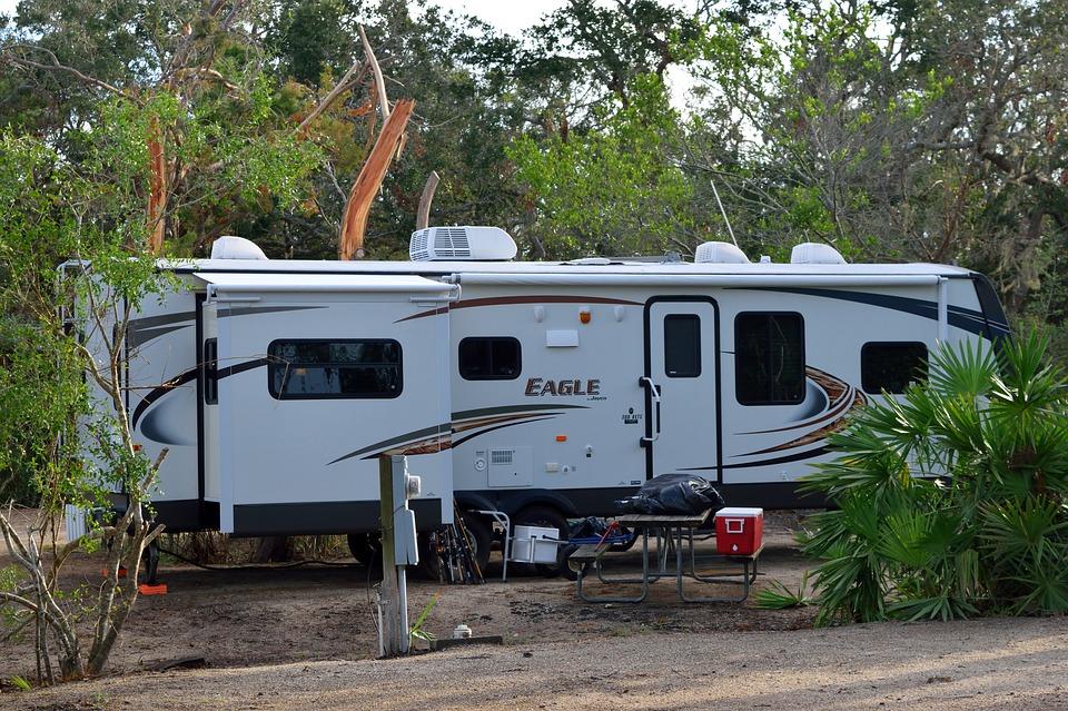 camping-2838046_960_720